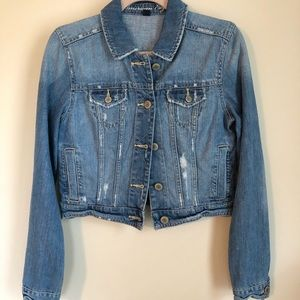 American Eagle cropped jean jacket. Medium.